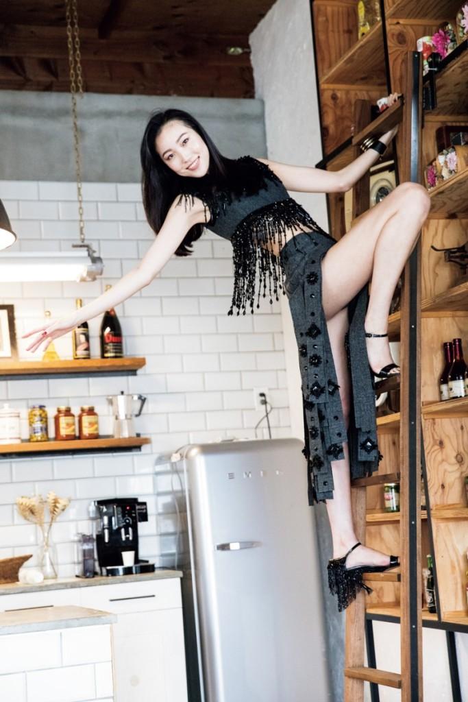 11月 篠山紀信 美女標本箱 MOVIE更新しています。